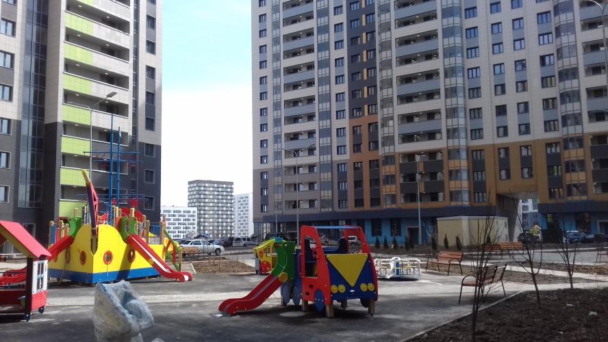 продается в зеленограде в 17 мкр. 1-ком.квартира 34 кв.м., жилая комната 16 кв.м.,кухня 9 ...