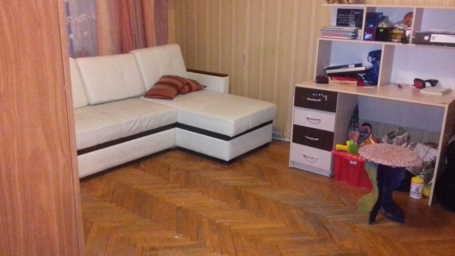 продается 2-х ком.квартира в г.зеленограде у ж д станции крюково в кор.834 в. общая пл ...
