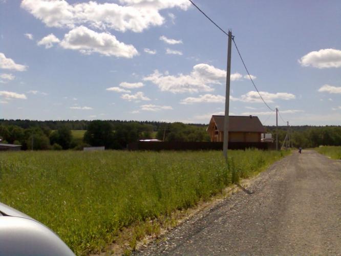 Пятницкое ш., 35 км от МКАД, д. Повадино.